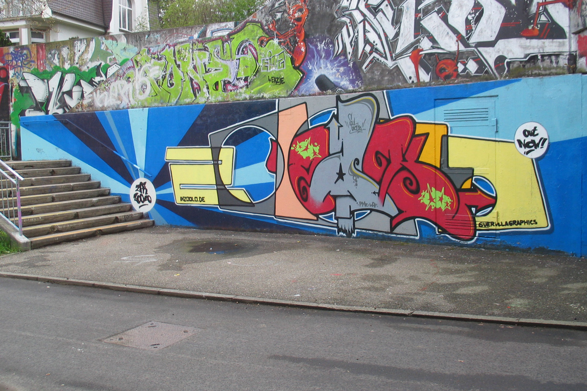 Graffiti Auftrag, Graffiti Aufträge, Auftragsgraffiti, Grafitti Auftrag, Grafitti Aufträge, Auftragsgrafitti, Graffity Auftrag, Graffity Aufträge, Auftragsgraffity, Graffiti, Graffity, Grafitti, Graffiti in Freiburg, Freiburg Graffiti, Graffitikurs, Graffitiworkshop, Grafittiworkshop, Graffity Workshop, Graffity Kurs, Graffitikurs Freiburg, Freiburg Graffitkurse, Legales Graffiti in Freiburg, Legales Graffiti, legale Sprüher Freiburg, Graffitigestaltung Freiburg, Wandgestaltung Freiburg, Graffitigestaltung, Wandgestaltung, Fassadengestaltung, Fassadengestaltung Freiburg, zoolo, inzoolo, Andreas Ernst Graffiti, Sprühen für Geld, Wandgraffiti, Innenraumgraffiti, Graffiti im Zimmer, Ladengestaltung, Geschäftsgestaltung, Bürogestaltung, Profi Graffiti, professionelles Graffiti Freiburg